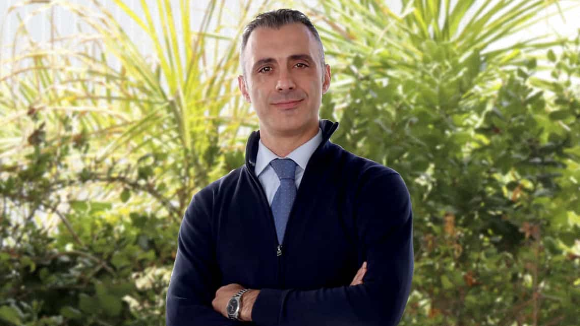Conoce al ginecólogo Paolo Cirillo