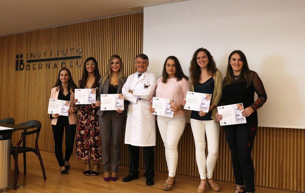 La Fondazione Rafael Bernabeu assegna sei borse di studio da 2.500 euro per aiutare i brillanti studenti di Medicina, Infermieristica e Biotecnologie