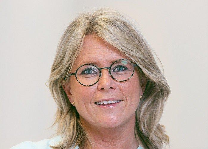 La ginecóloga Liv Bente aborda en una jornada profesional organizada por Instituto Bernabeu la repercusión en la descendencia de la edad paterna avanzada