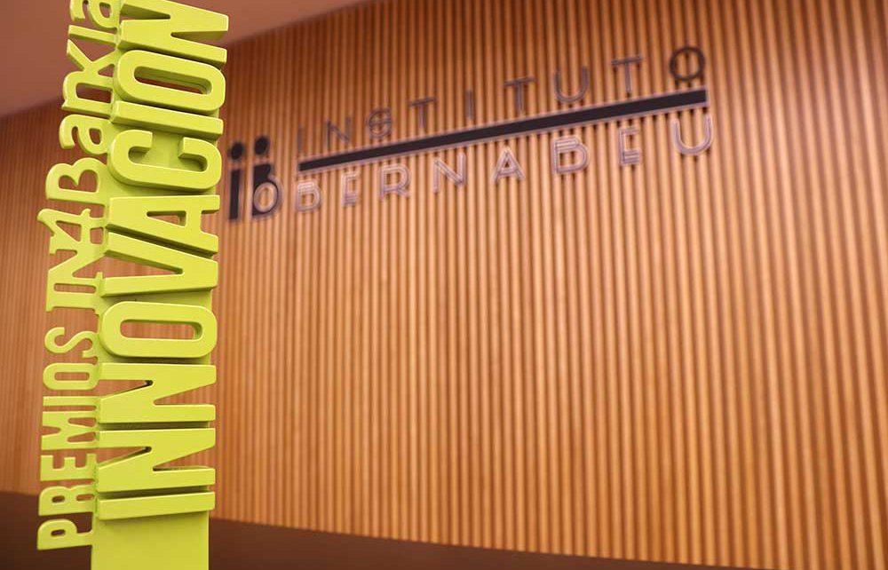 Instituto Bernabeu, galardonado con el Premio a la Innovación de los Premios IN4Bankia
