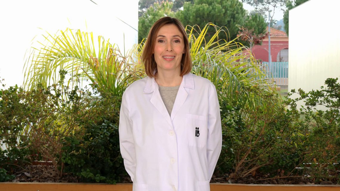Conoce a la bióloga Eva García, responsable de nuestro banco de semen