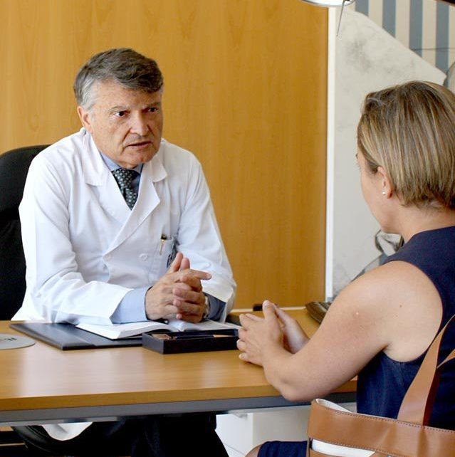 ¿Cuáles son las complicaciones que pueden surgir en una fecundación in Vitro (FIV)?