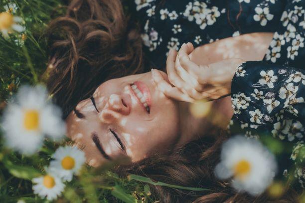 ¿Cómo detectar y superar los primeros síntomas de la menopausia?