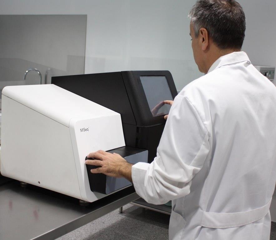 secuenciador-masivo-adn-ibbiotech-instituto-bernabeu