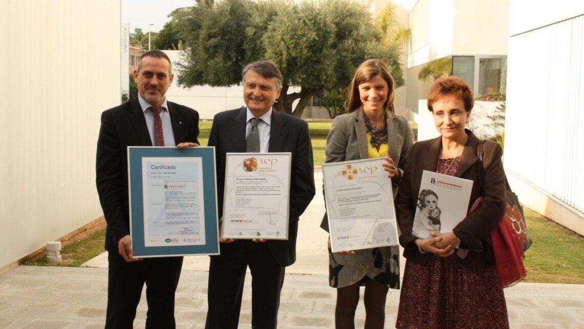 Instituto Bernabeu, primer centro de medicina reproductiva que recibe en Europa los reconocimientos de calidad SEP Internacional y SEPEFQM